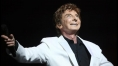 Barry Manilow Out of Surgery, Thanks Concerned Fans as 'No Further Complications' Expected
