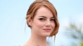 Emma Stone Looks Shockingly Similar to Taylor Swift With New Platinum Blonde Bob